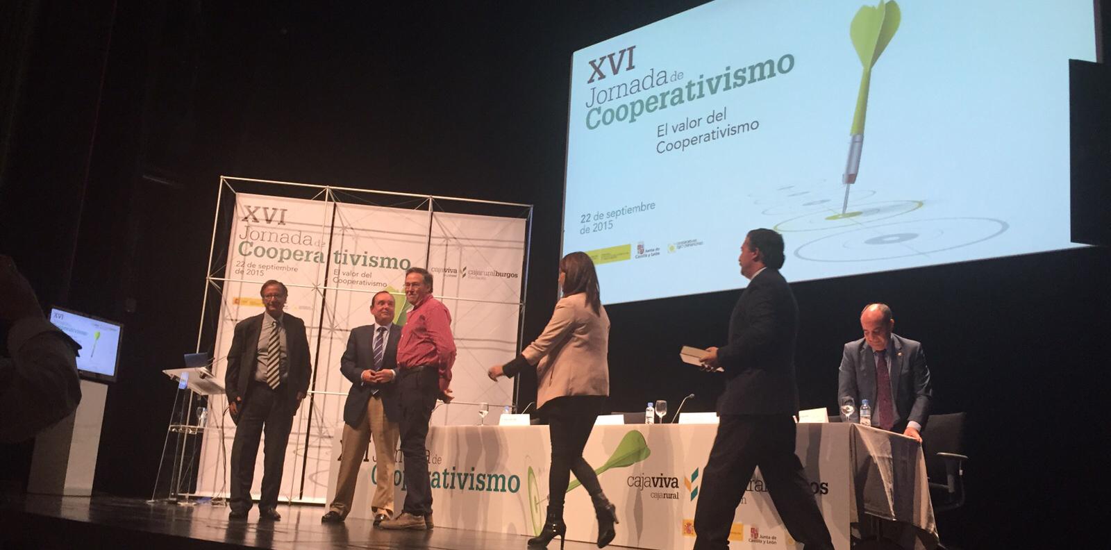 Bodegas Viña Vilano recibe el premio por su trabajo Socialmente Responsable
